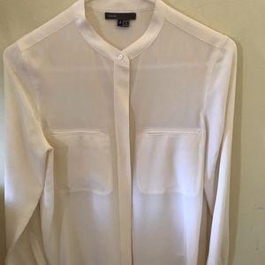 Vince 100% silk blouse Size - 2